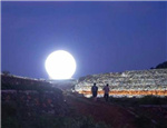 全球唯一!东方将升起首颗人造月亮,外界却反对