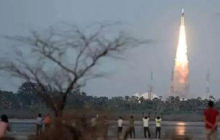 印度:在探月方面定要超越中国!欧美网友评论亮了