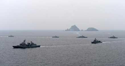 绝地反击!韩国宣布一消息,大批军舰战机开赴独岛